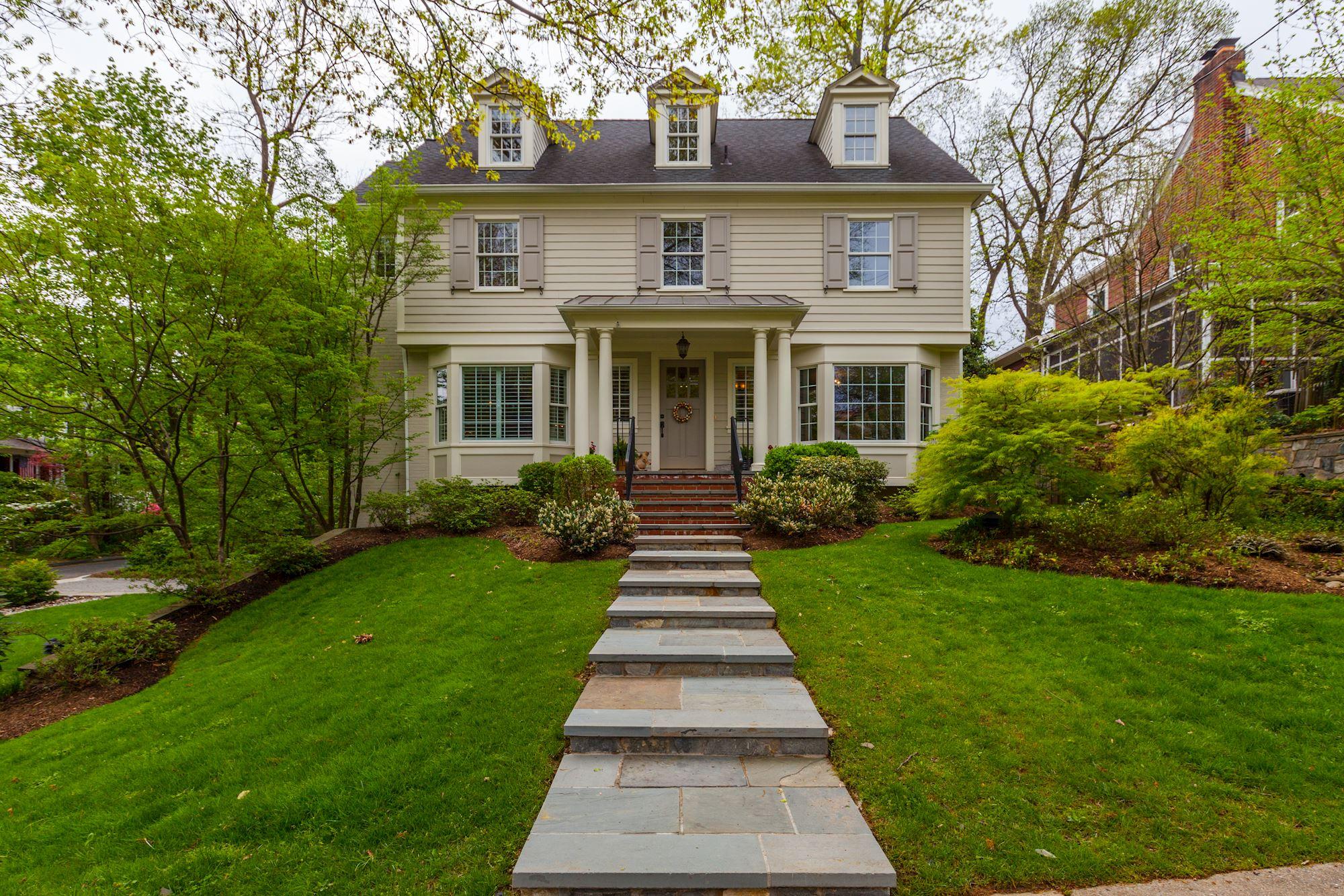 Featured Neighborhood: Chevy Chase